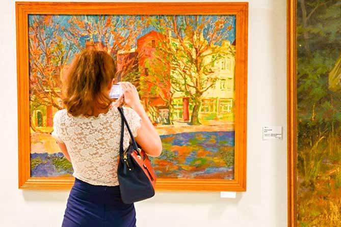 Суровый реализм: от шестидесятых до восьмидесятых на выставке в Тольятти