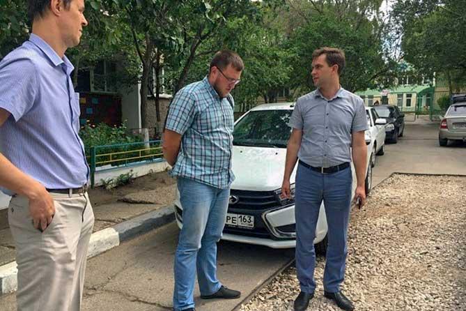 После перекладки труб во дворах Тольятти: Не оплачивать до ликвидации всех недостатков