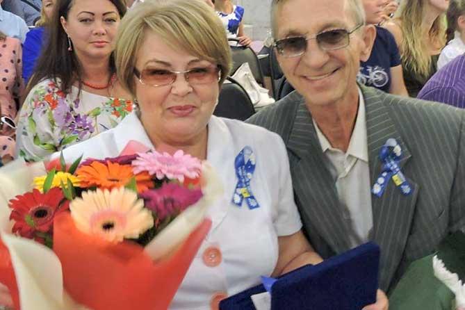 Любовь через всю жизнь: Во Дворце бракосочетаний Тольятти чествовали семейные пары