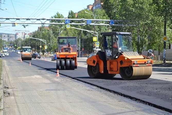 В Тольятти проверили ход ремонта улицы Чайкиной