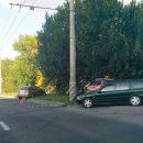 В ДТП на улице Жукова пострадали пассажиры автомобиля, один из которых 7-летний мальчик