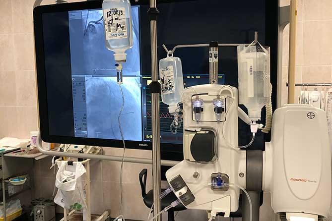 Врачи кардиодиспансера оказывают помощь жителям Самарской области на новом оборудовании