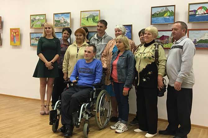 В Тольятти открылась необычная экспозиция молодого художника Евгения Коробских