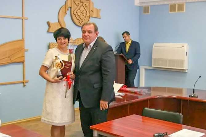 Учитель из Тольятти Ольга Гошина стала лауреатом Всероссийской Национальной Премии