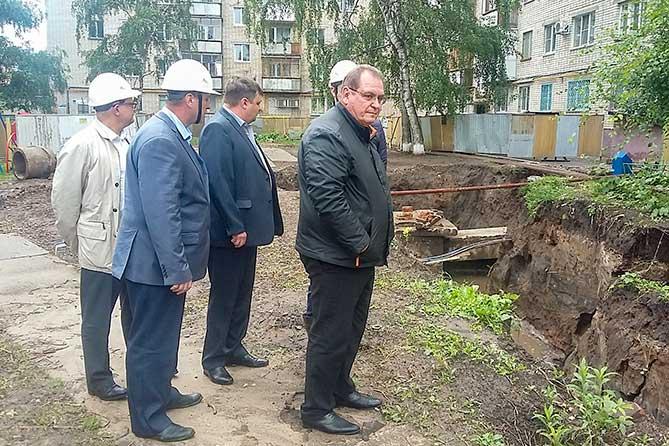 Глава Тольятти 6 августа 2019 года проверил ход ремонта теплосетей