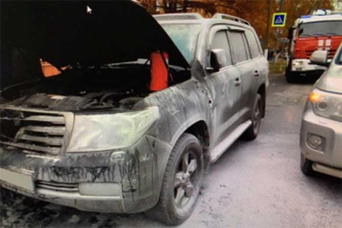Автомобиль подожгли за вознаграждение: Задержан заказчик поджога