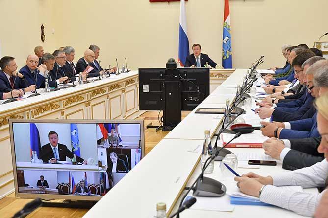 Губернатор раскритиковал нерасторопность администрации Тольятти в решении проблем контроля качества воздуха