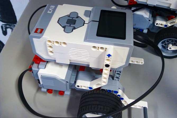 Центр развития молодёжи в сфере электроники и робототехники ТГУ провёл День открытых дверей