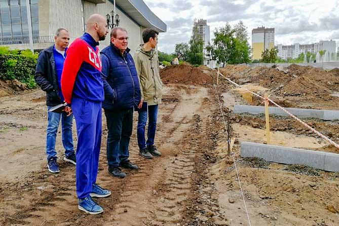Строительство Итальянского сквера в Тольятти: Контроль за ходом работ осуществляется ежедневно