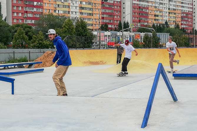 Скейтплощадка в Тольятти выполнена на высоком профессиональном уровне: Состоялись тестовые заезды спортсменов