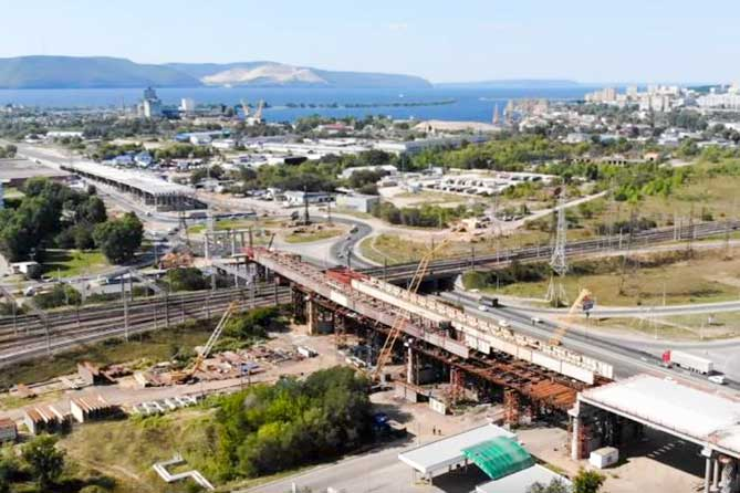 В Тольятти на трассе М-5 в районе строительства развязки изменилась схема движения