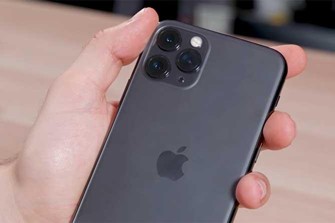 Не платил трем своим детям: Арестовали его дорогой iPhone