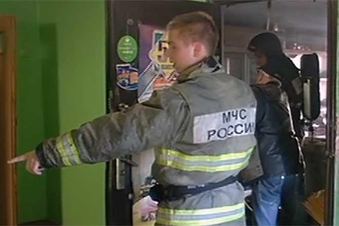 Магазин на третьем этаже дома загорелся в Тольятти 23 октября 2019 года