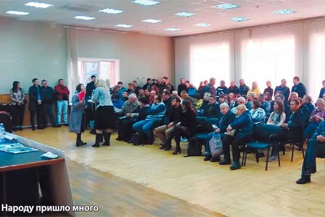 Жителей Тольятти такая ситуация не устраивает: Обещали школу, обещали детский сад