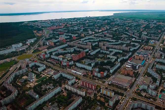 вид на волгу и новый город тольятти