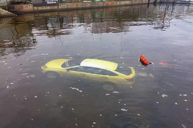 У погибшей женщины в затонувшем автомобиле в Тольятти остались маленькие дети