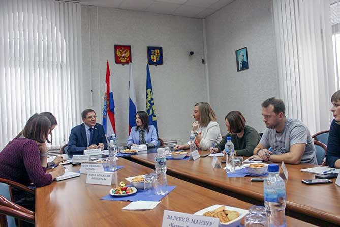 Руководство Думы Тольятти обсудило с журналистами СМИ актуальную повестку
