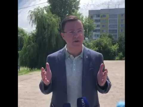 Дмитрий Азаров проверил работу избирательного участка