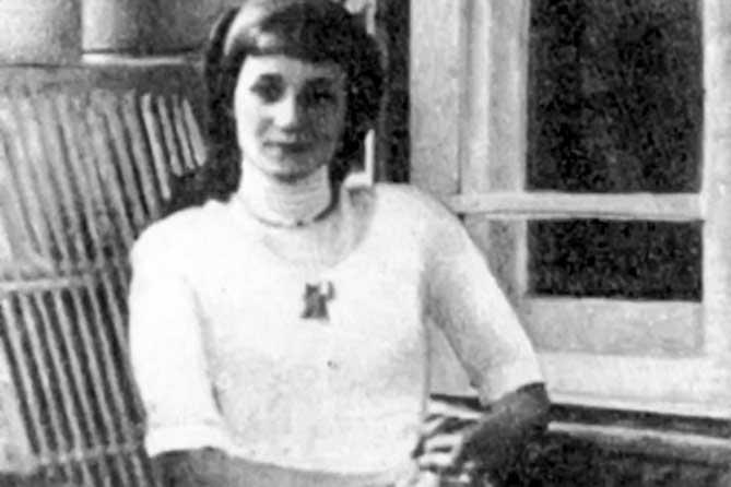 молодая анна ахматова