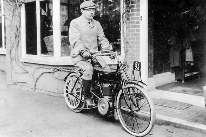 артур конан дойл велосипеде с мотором