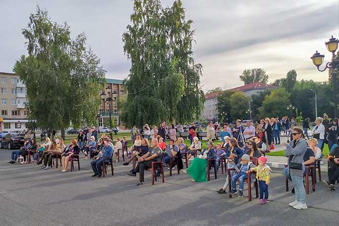 Концерты, театрально-развлекательные программы, подвижные игры, тренировки и мастер-классы на открытых площадках Тольятти