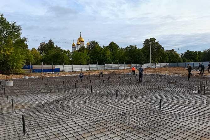 строят сквер