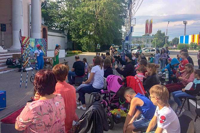 спектакль театра кукол на открытой площадке