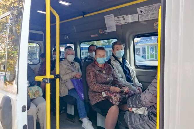 В Тольятти трое нарушителей вышли из автобуса только после вмешательства сотрудника полиции