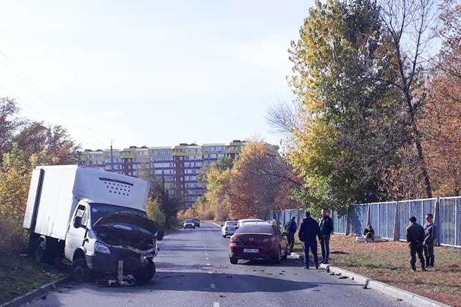 В Тольятти на бульваре Здоровья произошло ДТП с участием 2-летнего ребенка