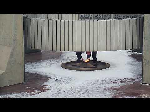 В Тольятти дети вновь затушили Вечный огонь в парке Победы